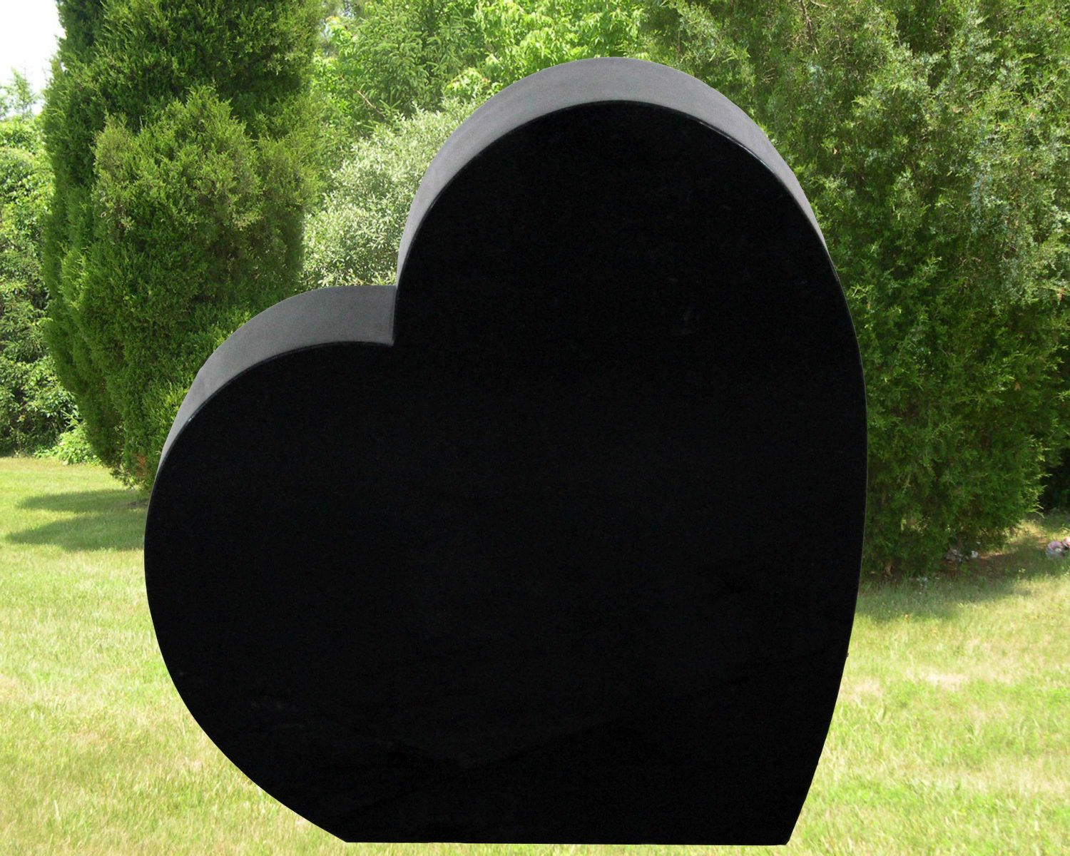 EG-15-134-418 / Jet Black / Tilted Single Heart Memorial