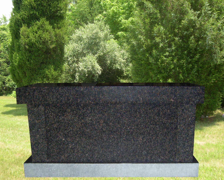 EG-17-04-433 / India Mahogany / Panel Cremation Bench