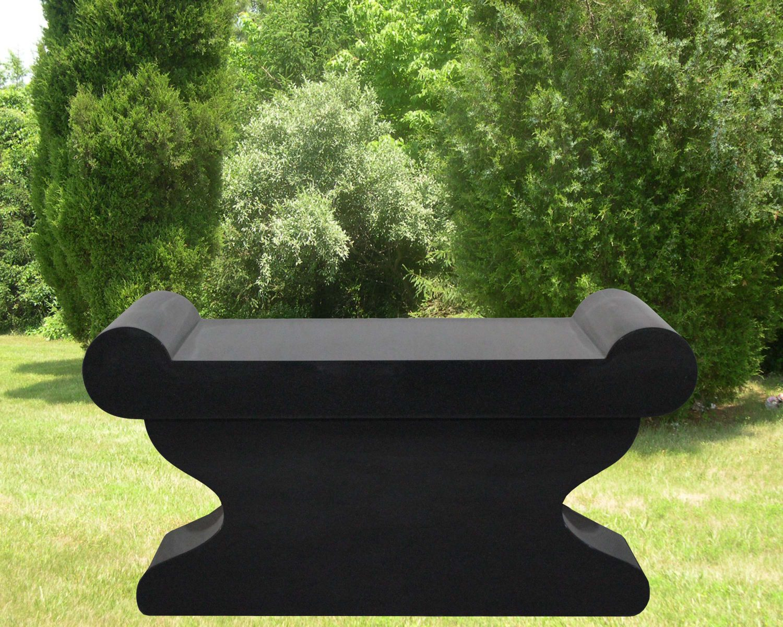 EG-17-48-434 / Jet Black / Curly Bench